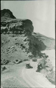 Road-at-Red-Rocks-East-of-Dubois-1916-183